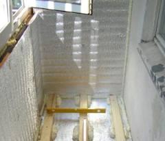 Для увеличения квадратов вашей квартиры, можно использовать балкон, который необходимо утеплить