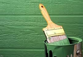 Алкидные краски можно использовать и при работах снаружи