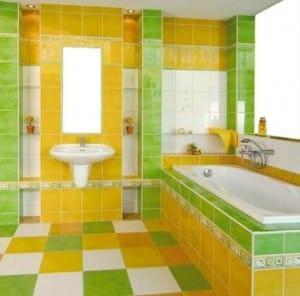 Яркие краски в ванной комнате